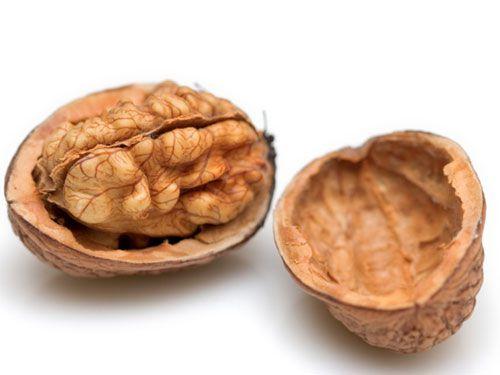 22100414-walnuts2.jpg