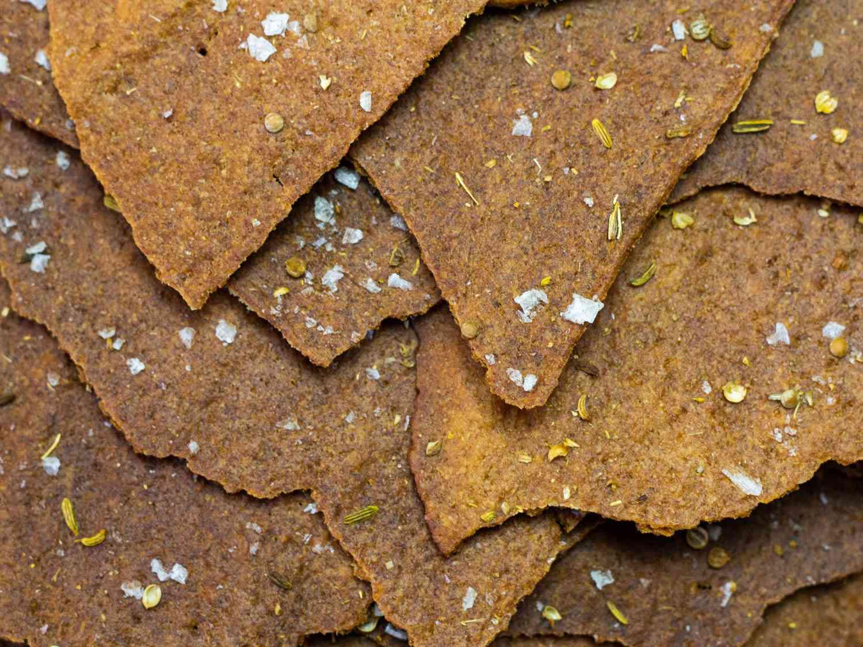 20200716-sourdough-discard-crackers-tim-chin2