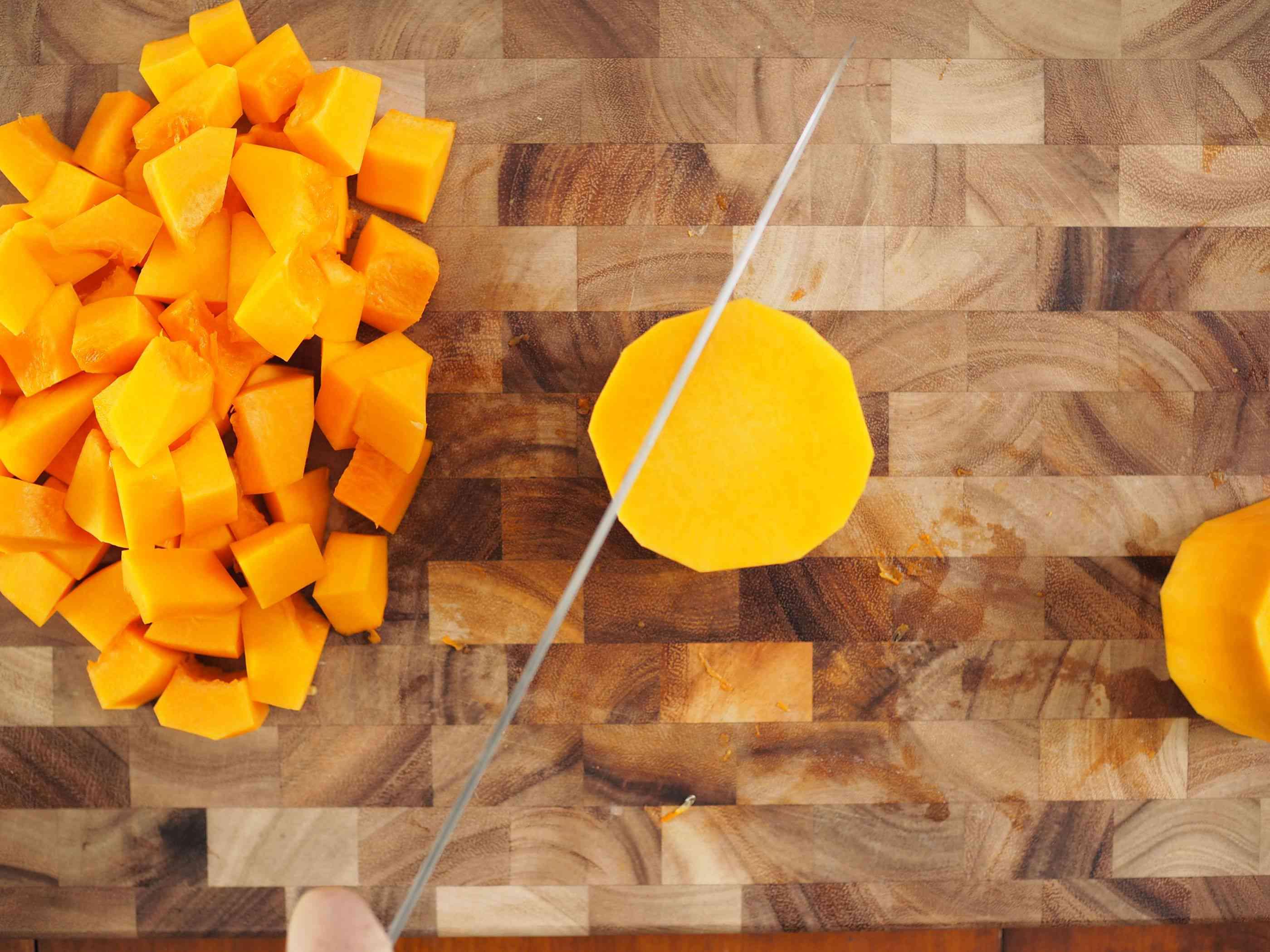 20141008-knife-skills-butternut-squash-daniel-gritzer23.jpg