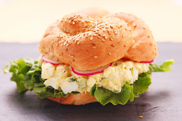 20140502-best-egg-salad-food-lab-recipe-6.jpg