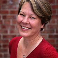 A headshot of Donna Currie, a Contributing Writer at Serious Eats