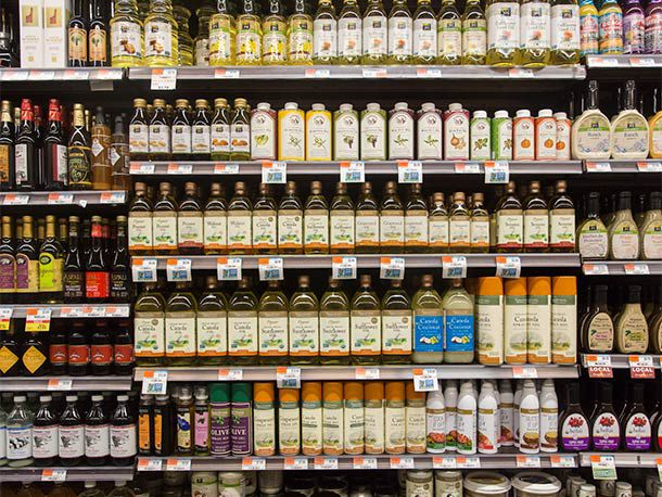 20140502-cooking-fats-oil-aisle2.jpg
