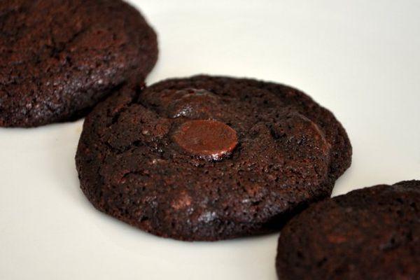 20120611-cookie-monster-chocolate-chocolate-chip-cookies.JPG