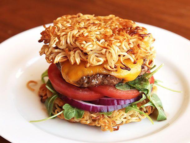 20130909-ramen-hacks-new-burger-03-610px.jpg
