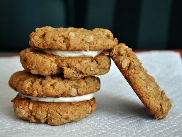 20130704-cookiemonster-peanutbuttersandwichcookies.JPG