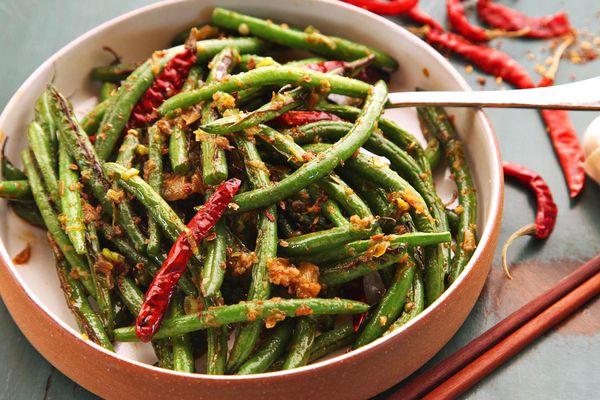 20150305-sichuan-dry-fried-green-bean-broiled-food-lab-15.jpg