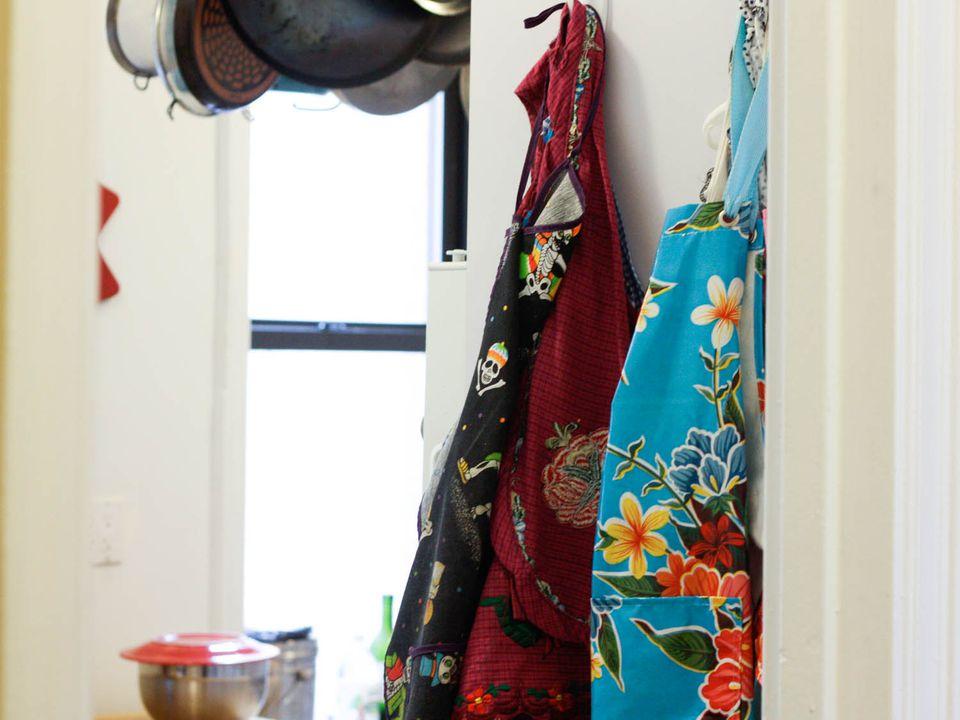 20140902-aprons-hanging-in-kitchen-Lesley-Tellez.jpg