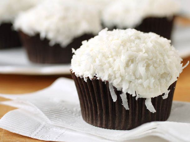 20140318-286498-GFTues-Chocolate-Cupcake-primary.jpg