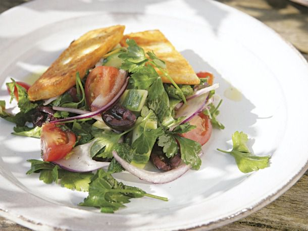 fried halloumi and salad