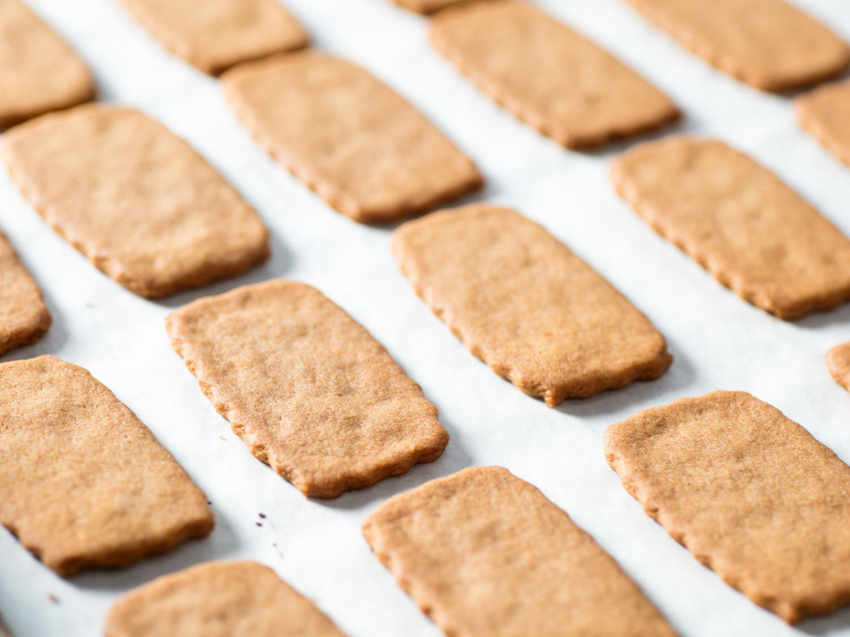 20170414-DIY-biscoff-cookies-vicky-wasik-11.jpg