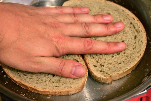 toasting bread for burger melt