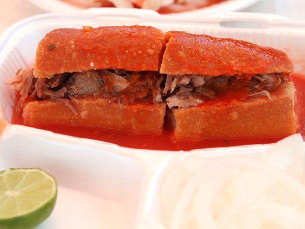 130603-254617-Tortas-Ahogadas-Sandwich-Soaked1.JPG