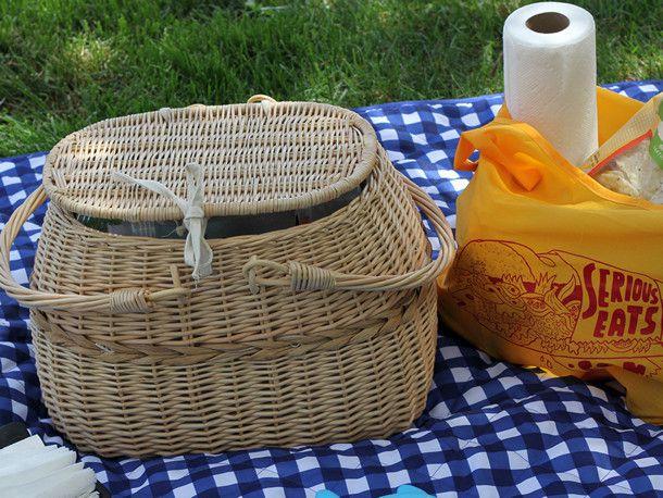201405-picnic-1-wicker-basket.jpg