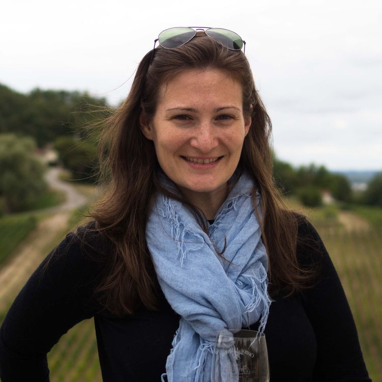 Lauren Weisenthal is a contributing writer at Serious Eats.