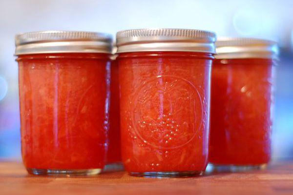 20120422-202501-preserved-rhubarb-strawberry-jam-primary.jpg