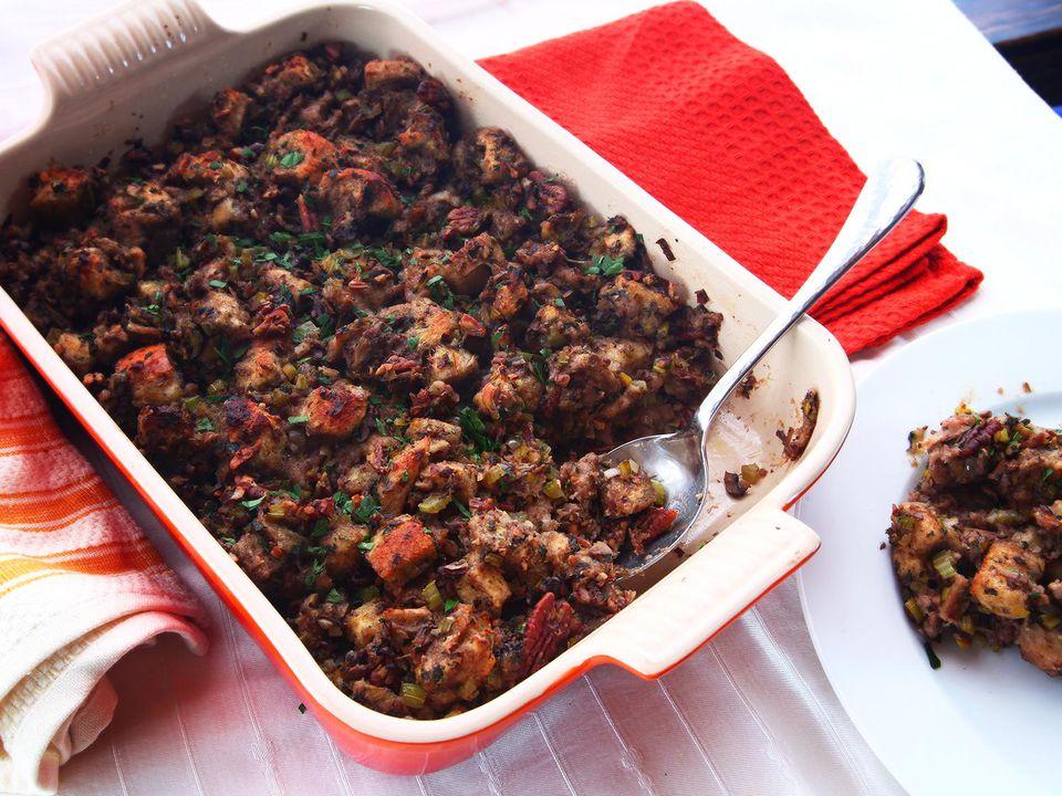 20141104-vegan-stuffing-thanksgiving-food-lab-recipe-20.jpg
