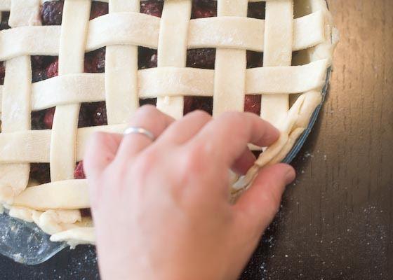 Finishing the lattice crust