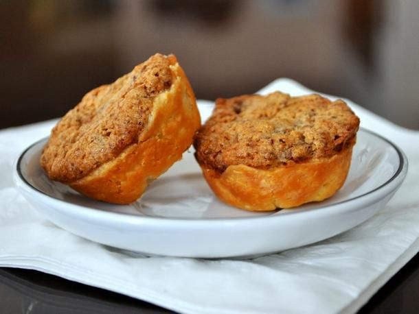 20120507-cookie-monster-pecan-date-caps.JPG