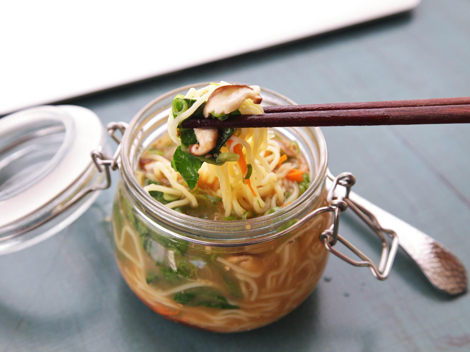 DIY Just-Add-Hot-Water Instant Noodles