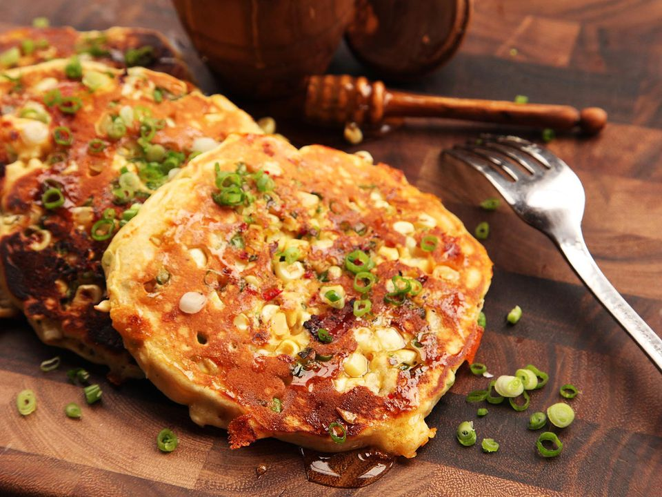 20150520-corn-bacon-scallion-jalapeno-cheddar-pancake-07.jpg
