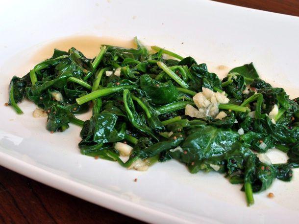 20110127-134404-spinach-garlic-stir-fried.jpg