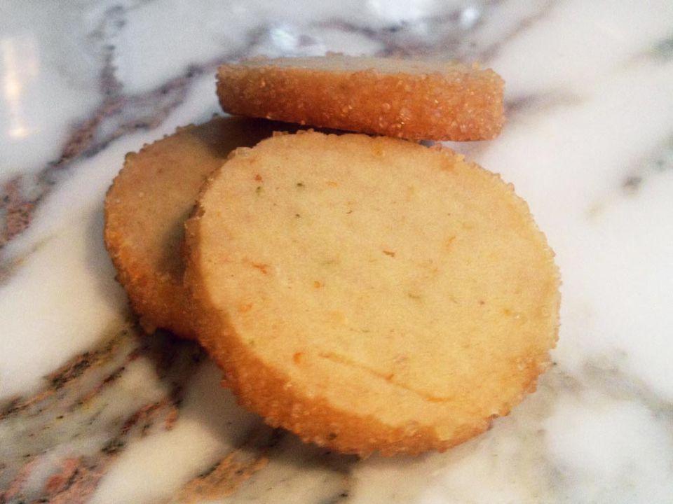 20140102-honey-coriander-shortbread.jpg