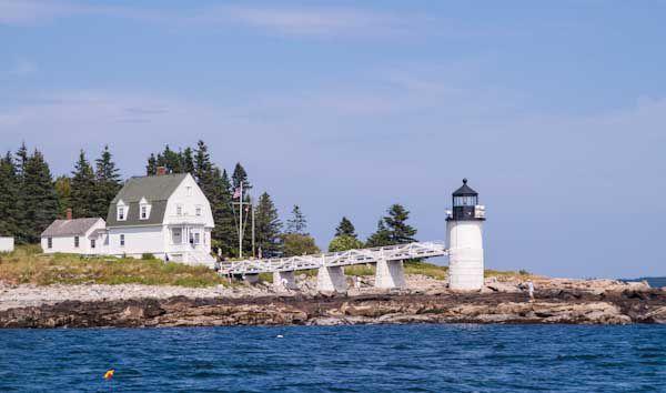 20130912-lobster-lighthouse.jpg
