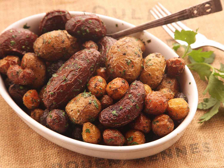 20141116-salt-roasted-potatoes-recipe-21.jpg