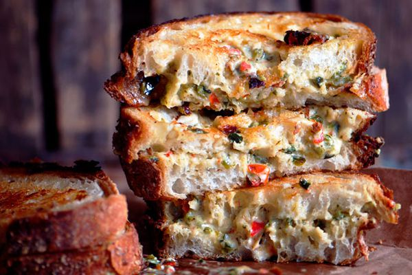 20120827-127677-Grilled-Chili-Cheese-PRIMARY.jpg