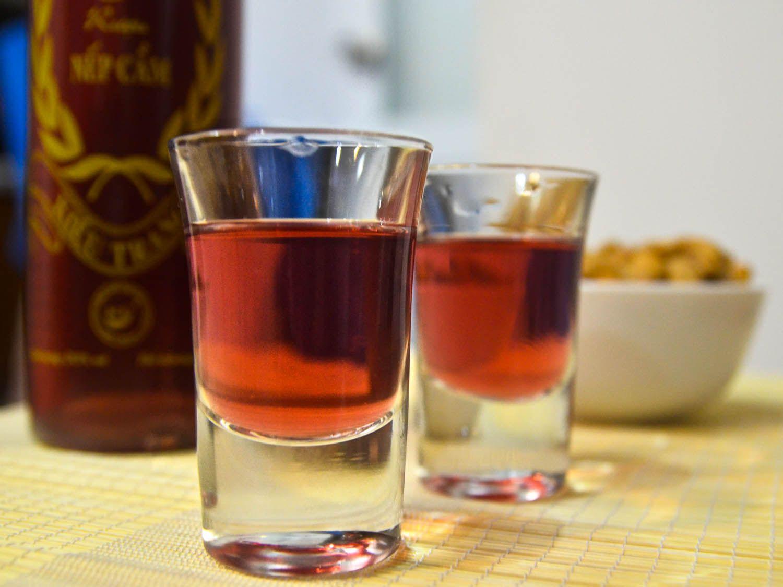 20140805-vietnam-drinks-rice-wine-barbara-adam.jpg
