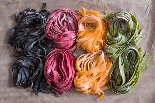 20150415-colored-pasta-vicky-wasik-19.jpg