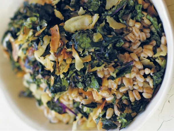 20110604-155094-kale-salad-with-toasted-coconut.jpg