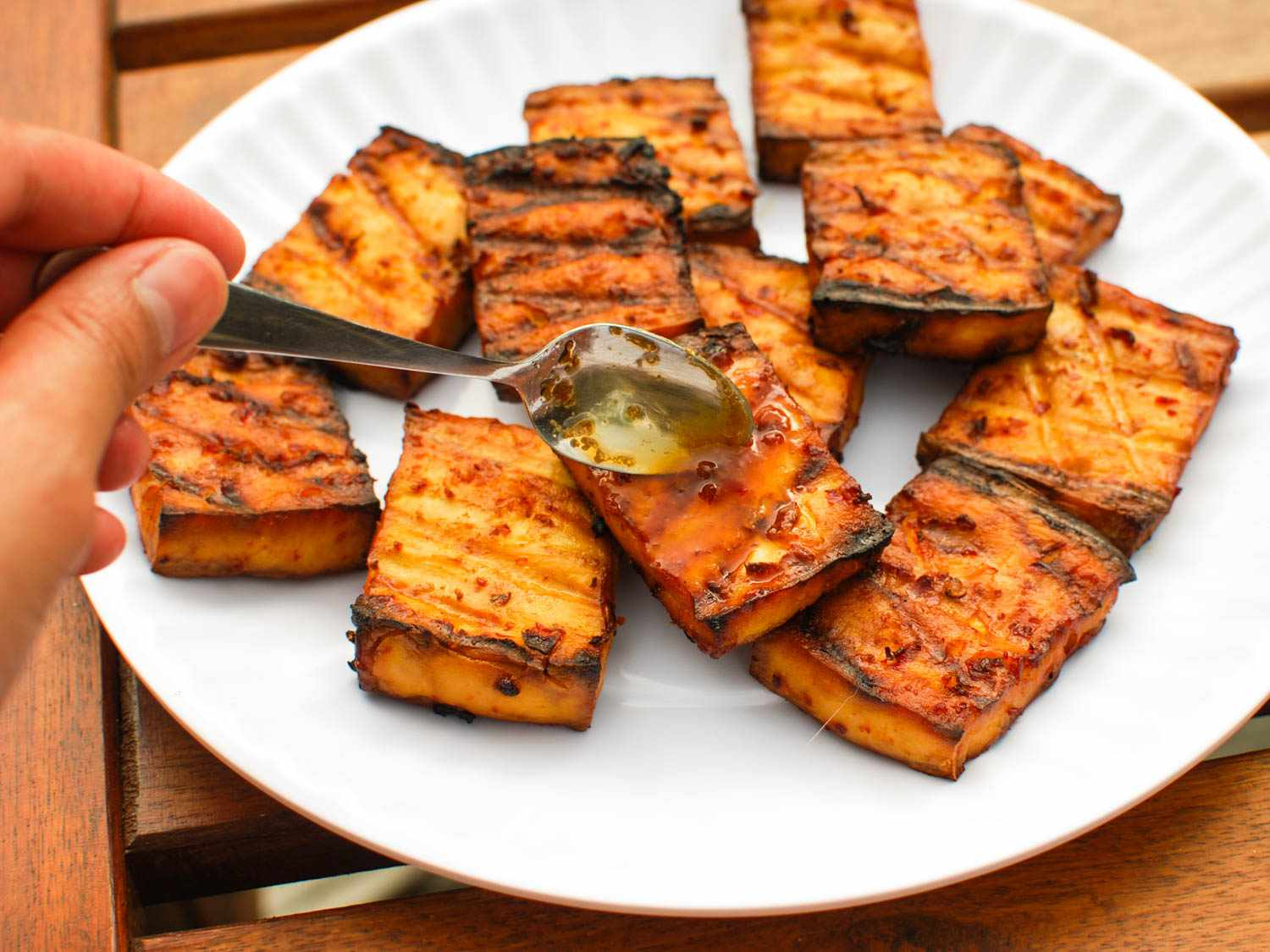 06182015-grilled-tofu-chipotle-miso-sauce-shaozhizhong-14.jpg