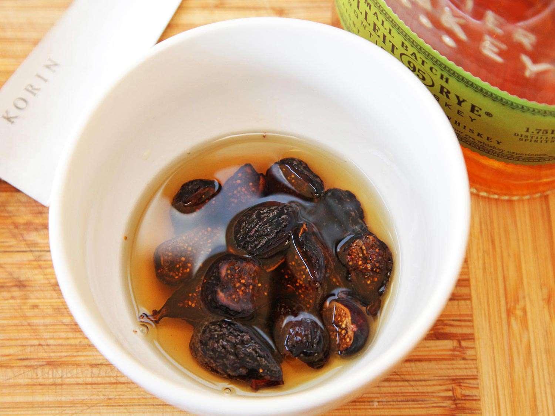 20151108-pork-tenderloin-bourbon-soaked-figs-recipe-kenji-01.jpg