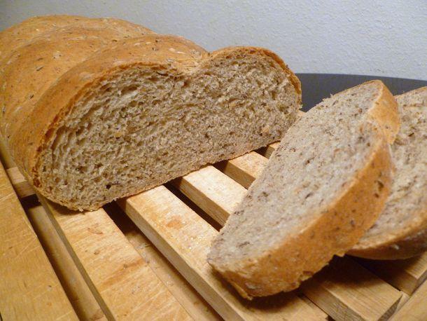 20110125-bread-baking-rye-with-flax.JPG