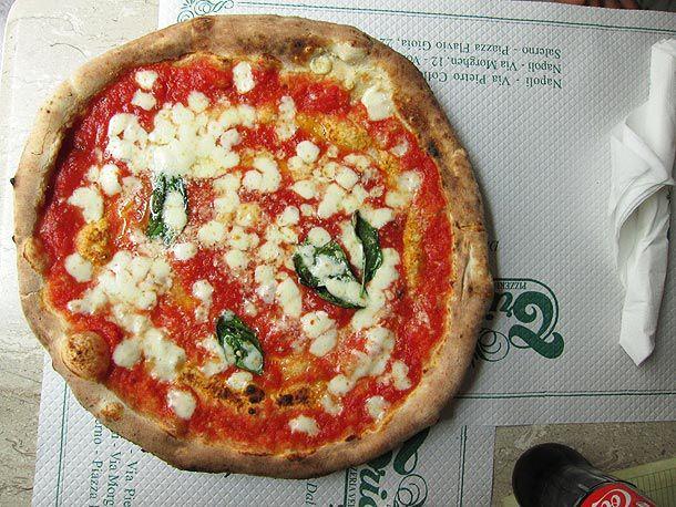 20121002-napoli-pizza-tour-18.jpg