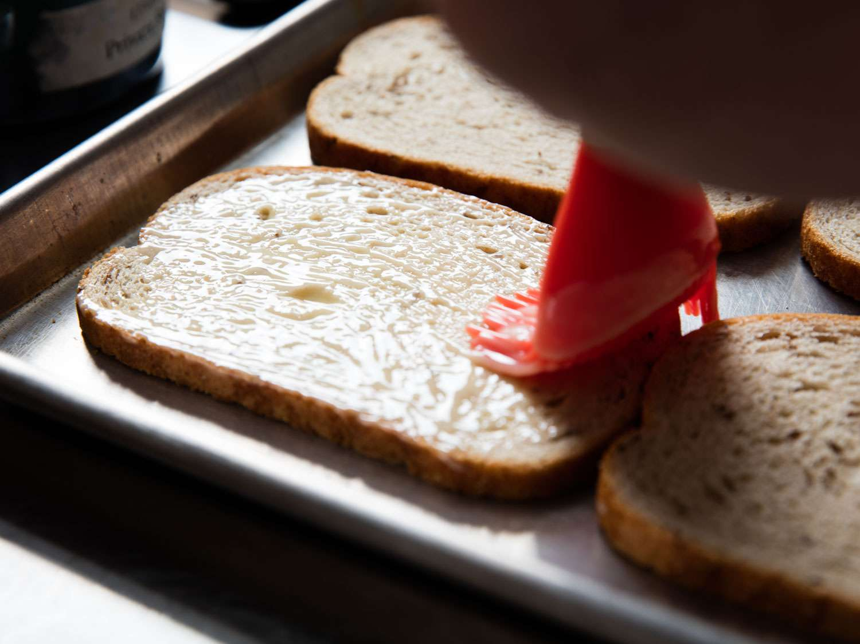 20160613-reuben-sandwich-vicky-wasik-1.jpg