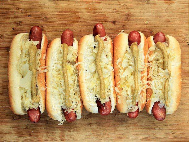 20120529-food-lab-cooking-sausage-hot-dog-19.jpg