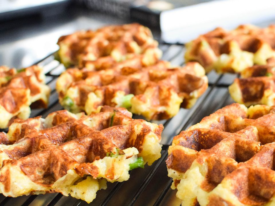20141124-waffled-mashed-potatoes-closeup-daniel-shumski.jpg