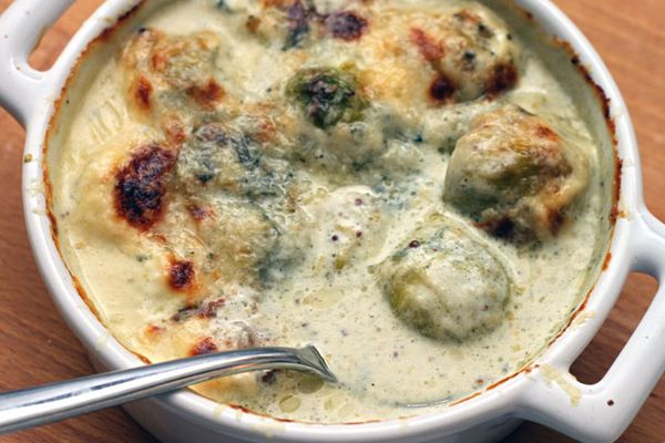 20120207-dt-brussels-sprouts-gratin-with-blue-cheese.jpg
