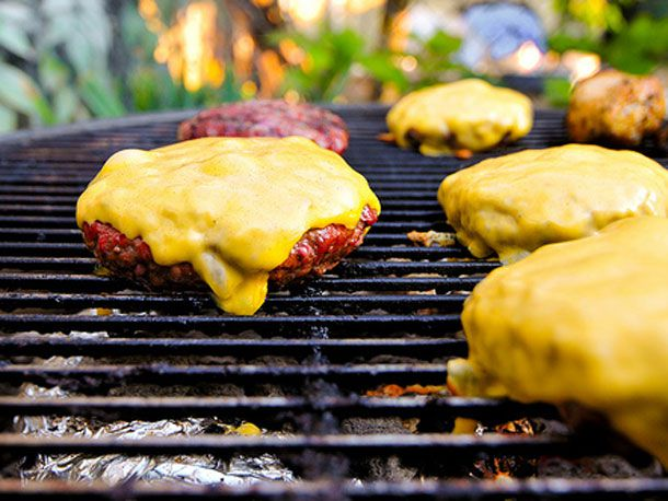 20110831-burger-grilling-primary.jpg