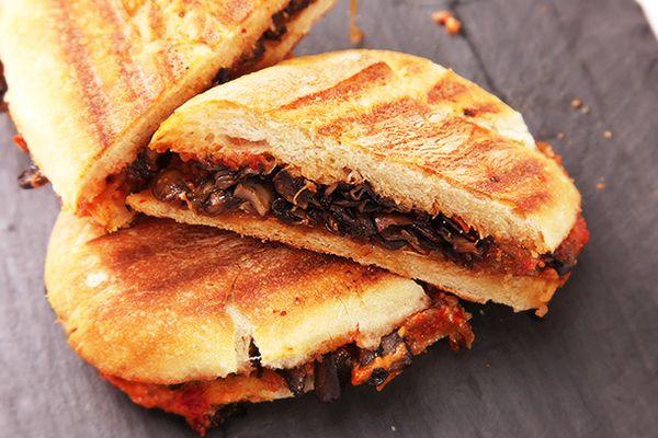 201402130-mushroom-onion-sandwich-vegan-recipe-7.jpg