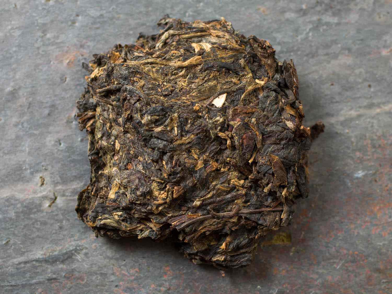 20150206-tea-vicky-wasik-crimson-lotus- top-of-the-clouds.jpg