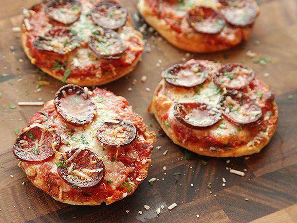 20131020-english-muffin-pizza-16-final.jpg