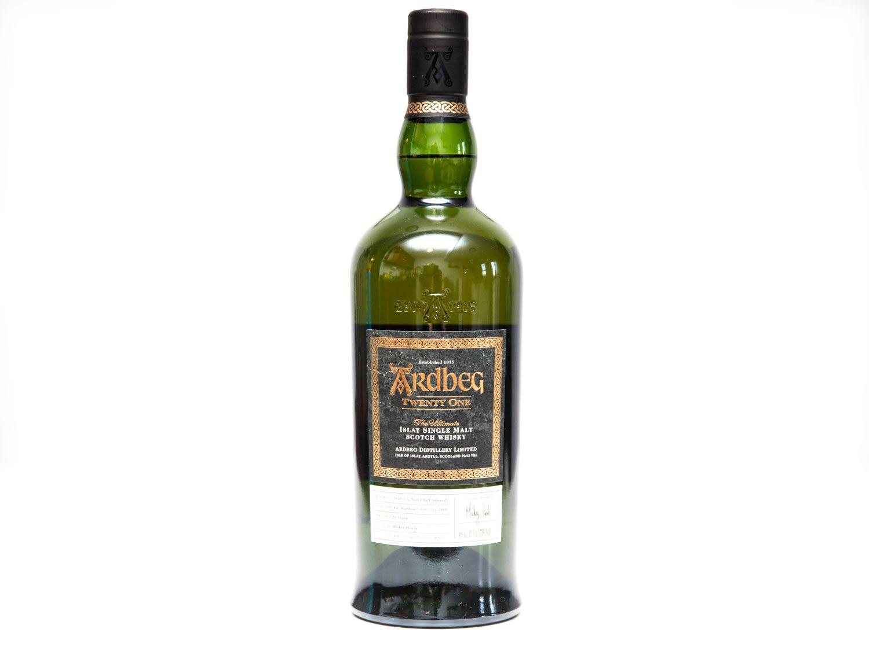 20161212-scotch-ardbeg-vicky-wasik-7.jpg