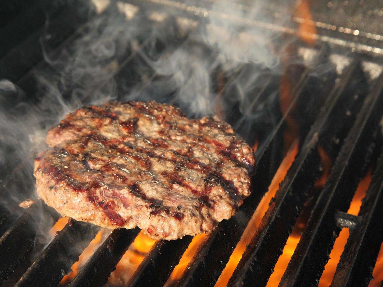 20150831-gas-vs-charcoal-grill-a-kenji-1.jpg