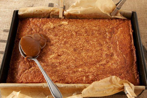 20121016-127677-LTE-Caramel-Cake-photo by Tara Striano_PRIMARY.jpg