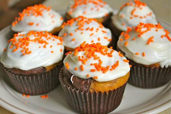 20121030-227329-GFTues-MarbleCupcakes-Recipes.jpg