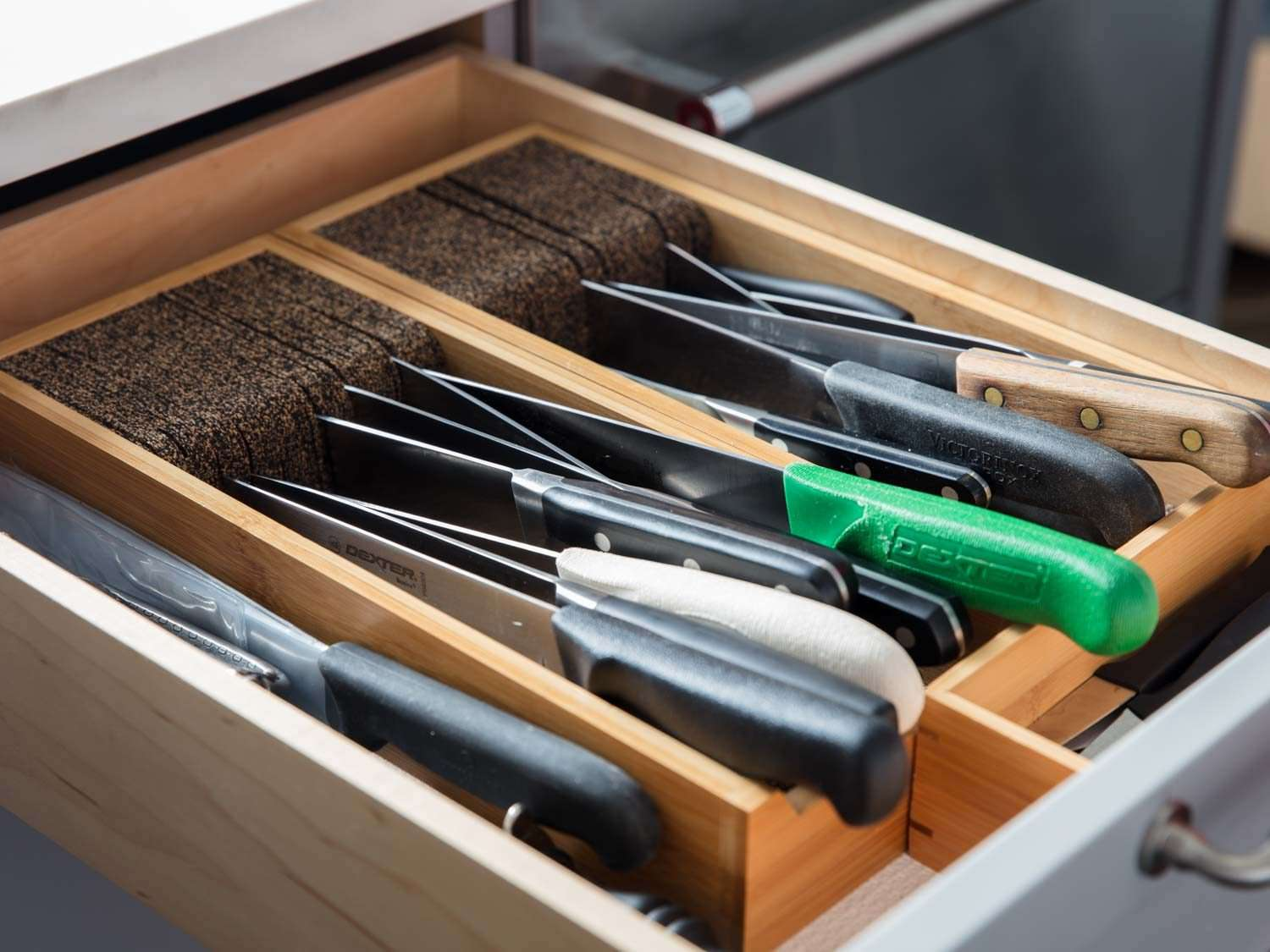 The Best Way to Store Your Knives