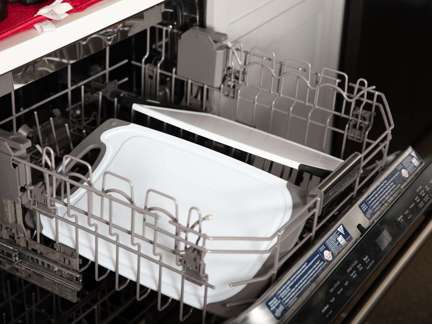 Putting cutting boards in the dishwasher tests their dishwasher-safe claims.
